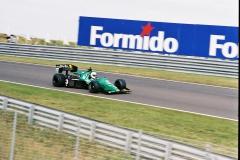 F1000013