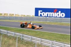 F1000014