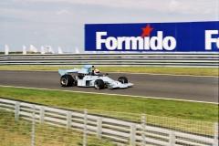 F1000016