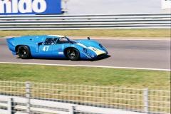 F1000024